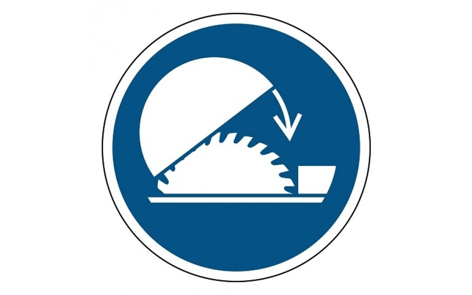 M031 Gebruik de verstelbare kap van de tafelzaag
