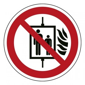 P020 Verboden bij band de lift te gebruiken